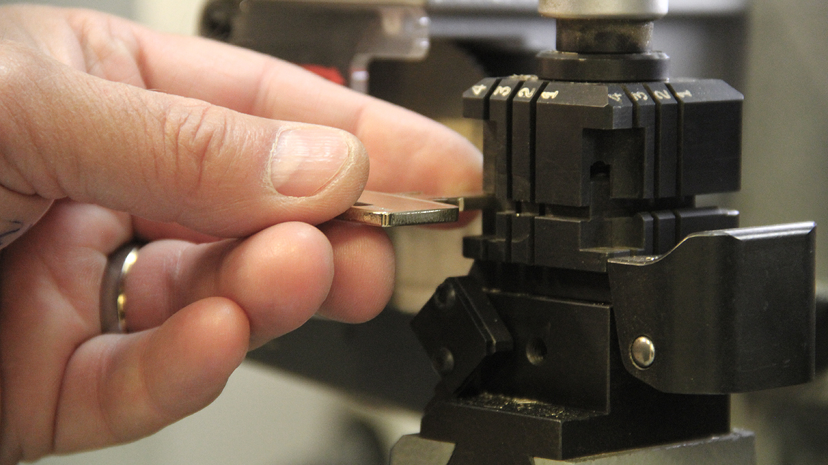 Välkommen till butiken.  Nyckeltillverkning,<br> hjälp med lås,  specialister inom låsfunktioner.